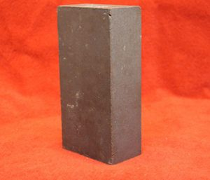 Magnesite chrome bricks