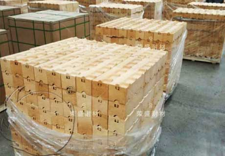 RS High-Quality Low Porosity FireClay Bricks