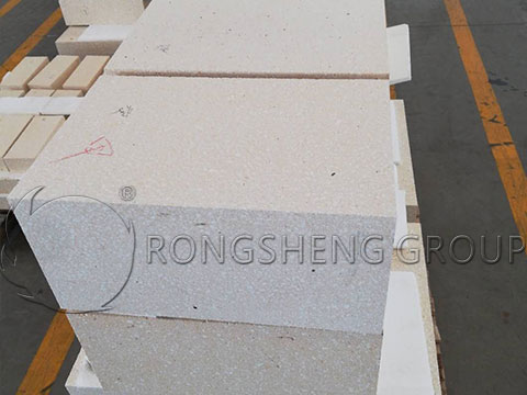 High-Quality Fireclay Bricks for the Glass Kilns